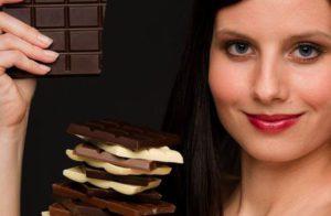 Кому желательно начать потребление шоколада для мозга